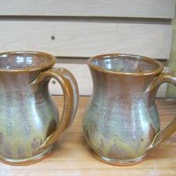 2 coffe/tea cups